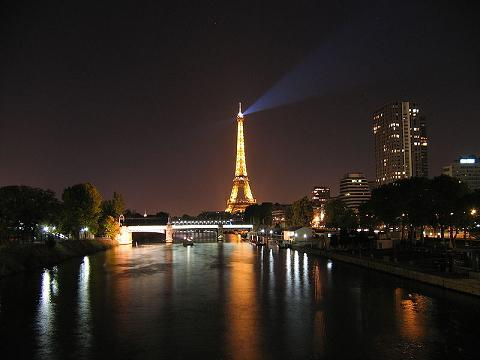 Eiffel Tower Seine Night Pictures on Image  800px Eiffel Tower And The Seine At Night Jpg